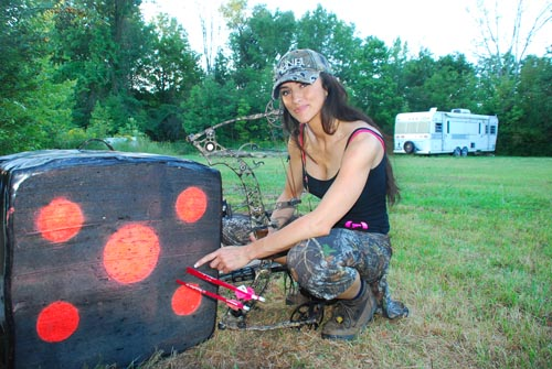 Nicole McClain on Deer & Deer Hunting