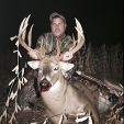 Dan Byers of southeast Iowa with a gorgeous 200-incher! Wow!