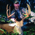 DDH Editor-in-Chief Dan Schmidt with his free range 11-point Florida buck that scored 137 1/8.