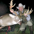 Walter Dowdle with his massive Alabama buck.
