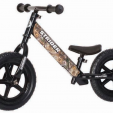 The no-pedal Realtree Strider 12 Custom Balance Bike is designed for active outdoors toddlers.