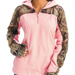 Deer Hunter Nicole McClain wears Huntworth hoodie