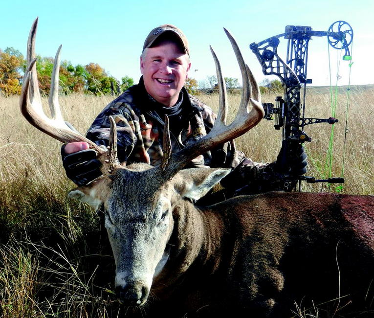 Mathews prostaffer Joel Maxfield is an avid buck hunter and loves to observe whitetail bucks from a long-distance vantage point. In his home state of Wisconsin, Joel often puts bucks to bed with a spotting scope, then plans a midday stalk. His strategy is highly successful. Here Joel poses with a Montana buck.