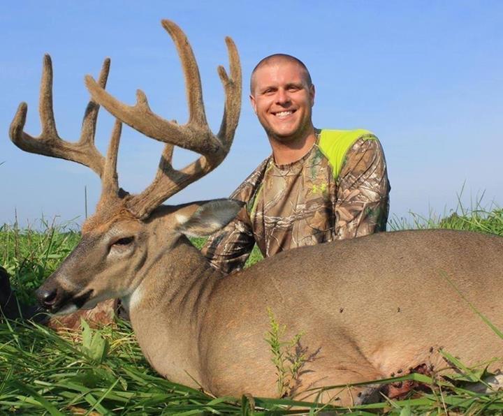 A Furry Crown: What is a Deer's Antler Velvet? - Deer ...