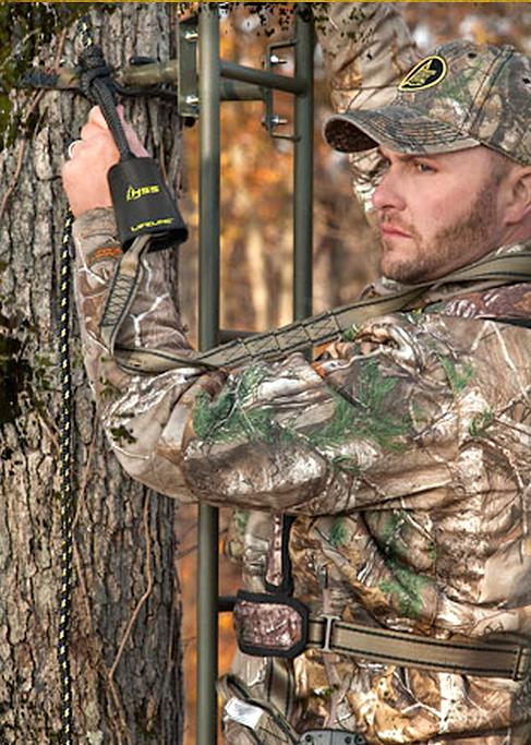 Six Life Saving Treestand Safety Hunting Tips Deer